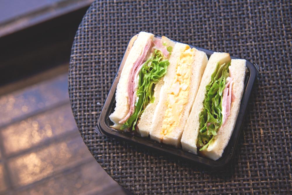 サンドイッチとパイもオススメ