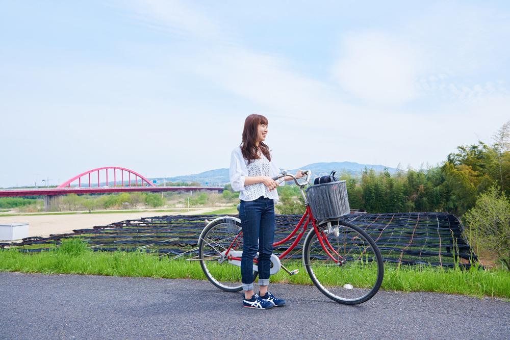 まずは、新田辺駅から山城大橋へ