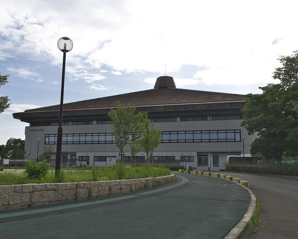 八幡市市民スポーツ公園・体育館