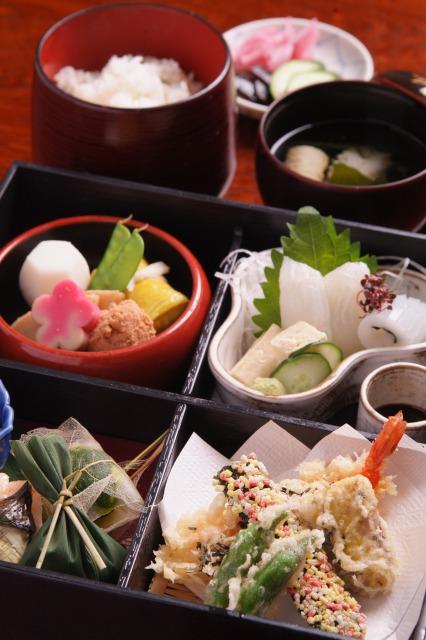日本料理 宇を茂